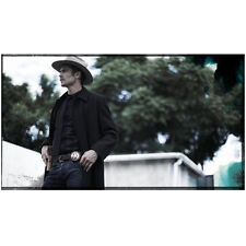 Justified Timothy Olyphant as Raylan Givens Outside Looking On 8 x 10 Inch Photo