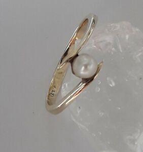 Schöner Goldring 375er Gold Ring mit  Perle