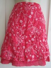 Ladies size 8 H&M pink with pale pink stitched floral short summer skirt