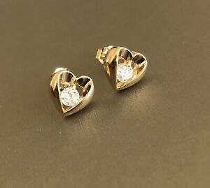 9ct Yellow Gold Solitaire Diamond Earrings 0.40ct  Love Heart Studs