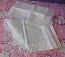 completo singolo bianco ricamato trasparente, in cotone