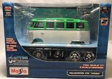 MAISTO VW VOLKSWAGEN VAN SAMBA BUS 1/25 DIECAST MODEL CAR GREEN WHITE