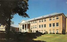PLEASANTVILLE, NY New York    PACE COLLEGE WESTCHESTER    Chrome Postcard