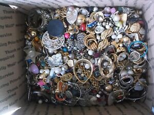 Lot Of Vintage To Now Broken Jewelry/Beads For Crafts Repurpose~17lbs.14ozs. #66
