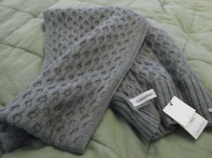 NEW Beautiful CALVIN KLEIN Gray Cable knit Warm Winter Scarf High Quality