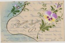 SUPERBE CARTE ANCIENNE 1916 (CELLULOÏD) BONNE ANNEE - DECOR FLORAL MAIN/PENSEES