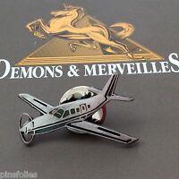 Pin's Folies *** Demons et Merveilles Avion plane aircraft