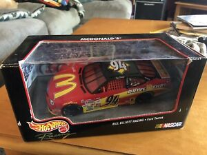 HOT WHEELS NASCAR LEGEND BILL ELLIOTT MCDONALDS FORD TAURUS 1/24 Sc D-cast