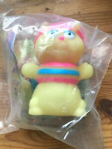Wendy's 1988 Playskool Glo Friends Worm Bug Glow Finger Puppet Toy