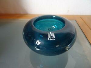 Bülow Glas Bornholm , signierte Glasschale in blau mit Luftblasen