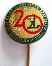SLOVAQUIE: Ancien insigne épinglette boutonnière BRATISLAVA, 1949 - 1969.