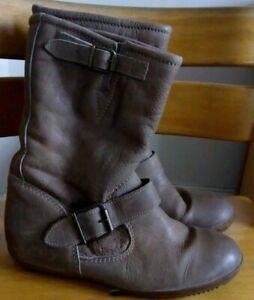 Bertie Light Brown Flat Leather Boots Size 3 UK, 36 EU