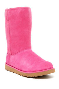 UGG Australia Michelle Genuine Shearling Boots MSRP: $200 Size 5