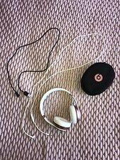 Solo 3 Wireless Beats by Dr Dre With Carry Case and Box