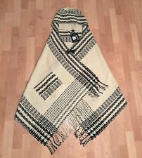 D&Y Women's Hooded Cape Shawl Wrap Toggle Clasp Fringe Trim Black, Beige
