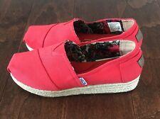 Skechers Bobs Womens Size 8 Shoe Red Slip On Memory Foam w/ Arch Pillow NWOT