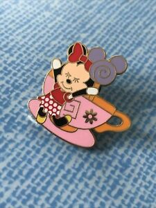 Disney Official Pin Trading 2008 Minnie Mouse Tea Cup