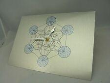 Metatron Cubo GEOMETRIA SACRA Orologio da parete SILENZIOSO su argento metallo spazzolato