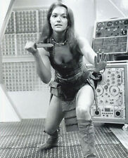 Louise Jameson UNSIGNED photo - H2401 - Doctor Who