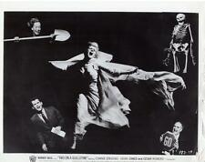"""Scene from """"Two on a Guillotine"""" 1965 Vintage Still"""