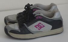 DC Shoes Women's Size 8