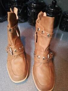 NEW Women's PU Chunky Heel Closed Toe Boots  size 12