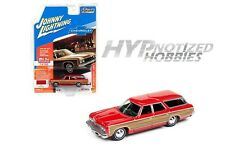 JOHNNY LIGHTNING 1:64 1973 CHEVROLET CAPRICE WAGON DIE-CAST RED JLCP7002-24