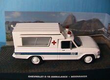CHEVROLET C-10 AMBULANCE JAMES BOND 007 MOONRAKER UNIVERSAL HOBBIES 1/43 ATLAS