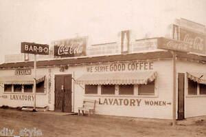 Coca-Cola postcard roadside diner - 10¢ Hamburger - BAR-B-Q unposted mint cond.