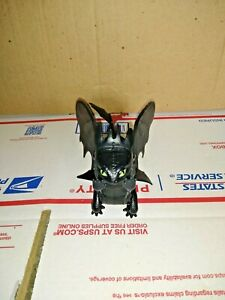 How to Train Your Dragon Toothless Figure Lunge Attack HTTYD 2014.