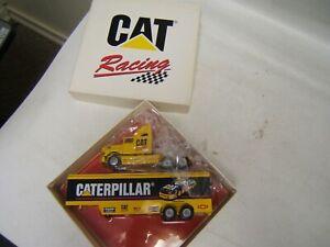 Winross  CAT Racing Team Transporter  Caterpillar MIB 1/64 Diecast