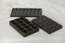3 alte Schokoladenformen aus Bakelit – Blatt, Muschel, Baumstamm