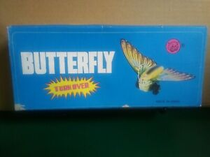 Butterfly Wind-Up Tin Toy Turns Over Tin Toy Wind Up Butterfly Moth (A10)