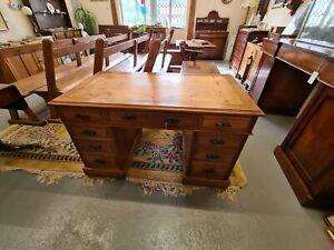 Edwardian Walnut Twin Pedestal Desk