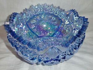 Gorgeous Vintage LE Smith Blue Iridescent Carnival Glass Bowl