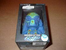 "Titans AVP Thermal Predator 6.5"" Vinyl Figure F.Y.E Exclusive ~ Sealed ~ NIB"