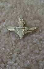 British Parachute Wing miniature  lapel pin (CB)