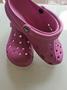 Crocs Size 6 in Vgc