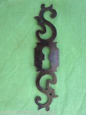 Entrée serrure porte fer forgé ouvragée Louis XV ancienne hauteur 16 cm