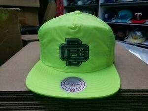 Mitchell & Ness NFL Green Bay Packers Neon Old School Vintage Snapback Cap Hat