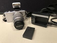 Olympus E-PM1 Digital Camera with M. Zuiko Digital 14-42mm Lens Strap Charger