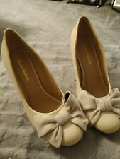 Andres Machado cream Classic Stiletto Shoes with bow 44 .UK Size 10