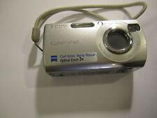 sony cybershot  camera    dsc-s40      a1.44