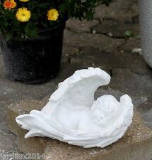 Statue Ange dans des ailes en pierre reconstituée, ton pierre blanche