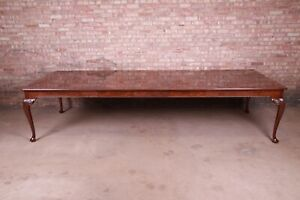 Baker Furniture Stately Homes Queen Anne Inlaid Walnut Extension Dining Table