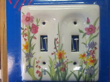 Floral Design DOUBLE Wall Switch Cover -- NEW IN PACKAGE -- Leviton 89509