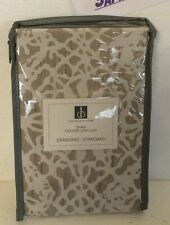 DISTINCTLY HOME COUVRE-OREILLER STANDARD SHAM Heirloom Sham 80573SDO10 NEW!