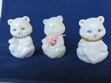 Lovely Fenton bears collection heavy white opalescent ceramic signed Watson