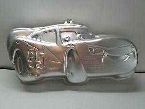 Wilton Disney Cars Lightning McQueen 2105-6400 Cake Pan Kids Birthday Party