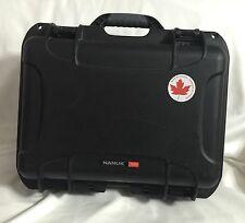 Nanuk 920 Hard Case with Padded Divider (Black)
